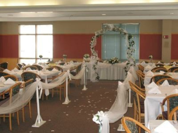 Wedding Reception In A Church S Gym Thriftyfun