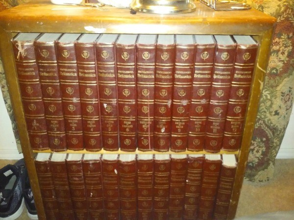 finding the value of encyclopedia britannica encyclopedias thriftyfun. Black Bedroom Furniture Sets. Home Design Ideas
