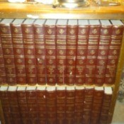 Value of Encyclopedia Britannica 1768 - books in bookcase