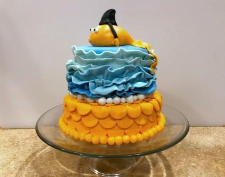 'Sharky' Goldfish Birthday Cake - finished sharky goldfish cake