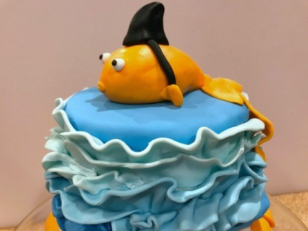'Sharky' Goldfish Birthday Cake - view of finished cake from side