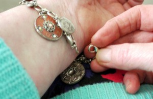 Fastening a Bracelet - trying to fasten a bracelet the typical way