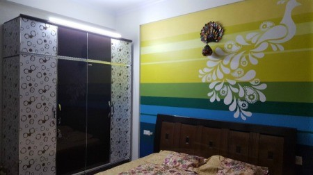 curtain color advice for multi colored wall thriftyfun. Black Bedroom Furniture Sets. Home Design Ideas