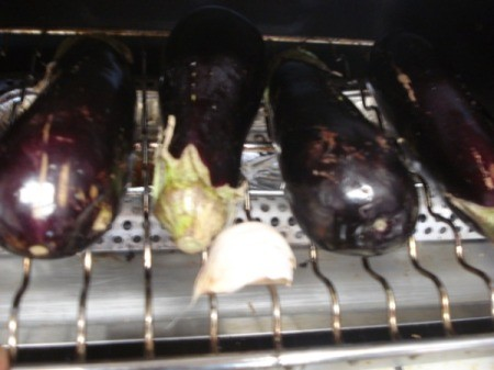 broiling eggplant and garlic