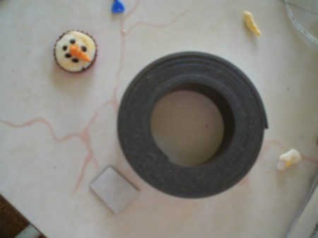 Snowman Refrigerator Magnet - bottle cap and roll of magnetic tape