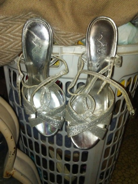 Hang Shoes on Round Laundry Basket