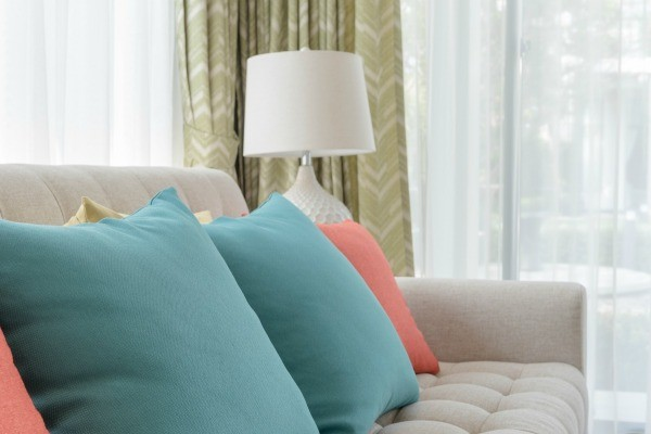 This Is A Guide About Curtain Color Advice To Coordinate With A Beige Couch.