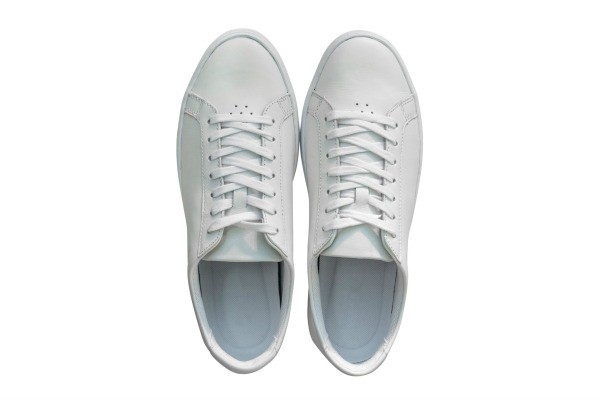 Removing Scuff Marks From White Patent Leather Shoes