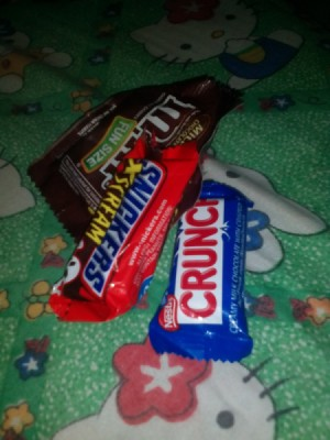 Snack sized chocolate candy bars.