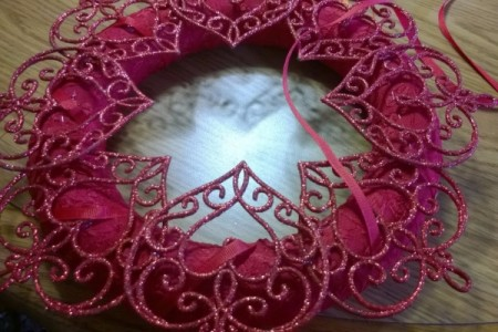 Romantic Wreath - beginning to thread and wrap ribbon around wreath
