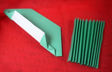 Pleated Paper Butterfly - concertina fold one side