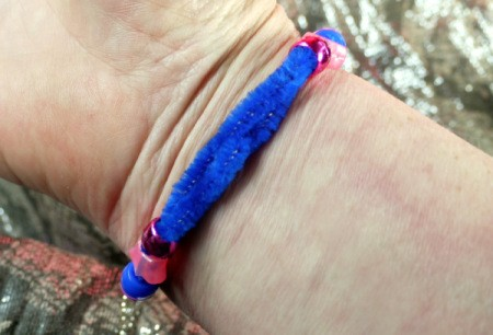 Pipe Cleaner Bracelets - tuck ends into the bead for neatness