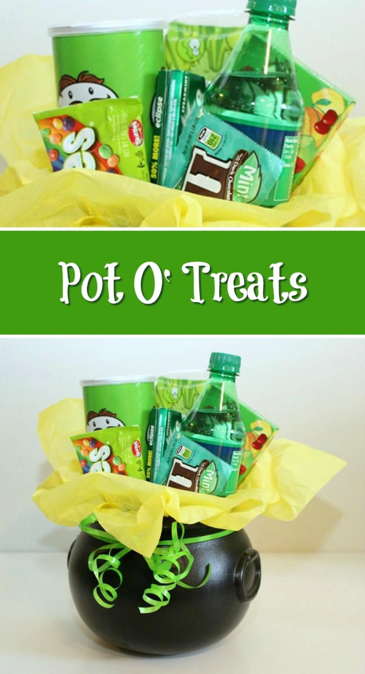 628ff541 Pot O' Treats - St. Patrick's day gift idea with a pot gull of