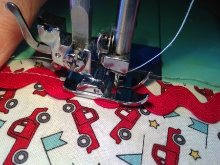 Whole Cloth Tied Quilt with Ric Rac Trim - close up of sewing on ric rac