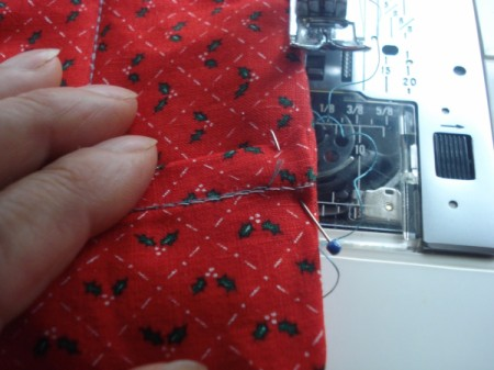 Pot Holders from Shoulder Pads - sew mini pieces to main