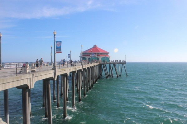The long pier at Huntington Beach, CA.