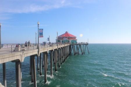 The long pier at Huntington Beach, CA.