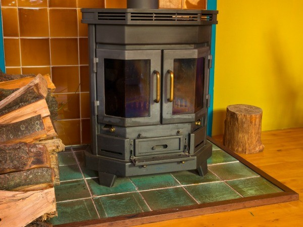 Removing Black Soot From Wood Stove Window Thriftyfun