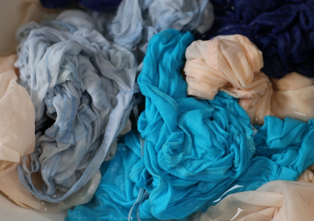 White Laundry Tips How To Remove