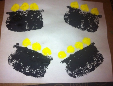 St. Patrick's Day Sponge Paintings - follow same process with black paint for pots, and use small circle for gold coins