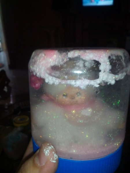 Easy Snow Globe - turn upside down