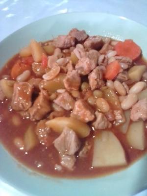 A finished bowl of pork menudo.