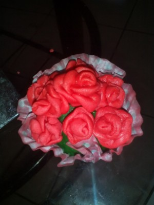 3 Ingredient Fondant red flowers