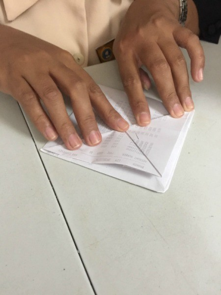 Folded Paper Box - fold points out right sides together