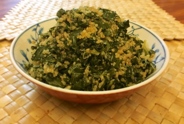Kale and Onion Quinoa in bowl