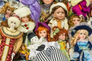 Finding the Value of Old Dolls