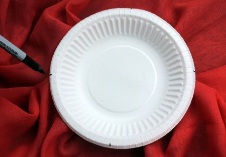 Paper Plate Flower - make tic marks on edge of plate