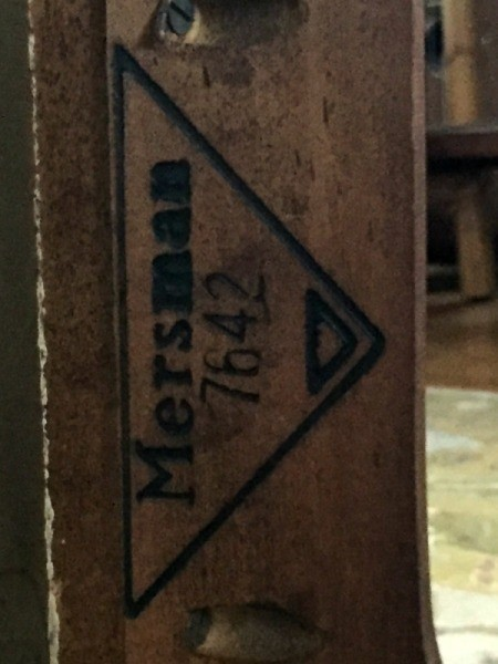 Information and Value of Mersman 7642 Cocktail Table