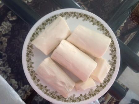 Steamed Cassava (Khoai Mi)