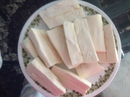 cut Cassava on plate