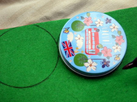 One Eyed Monster Badge - using your marker trace two circles on your green felt