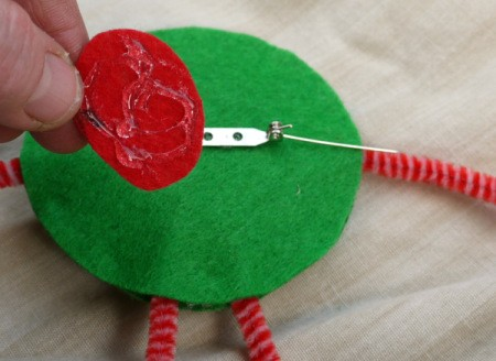 One Eyed Monster Badge - cut out a small felt disc and glue