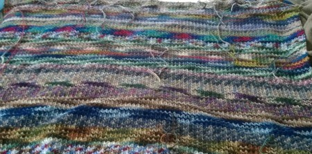 Recycled Yarn Afghan - closeup of pattern from wrong side with ends still loose
