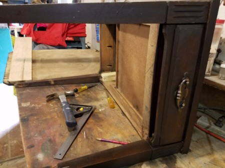 Information on Mersman End Table