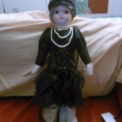 Information on Brinn Collectible Edition Doll - flapper doll