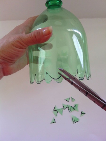 Soda Bottle Bird Feeder - trim edge