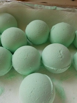 Bath Bombs Are Hard and Flakey - mint green bath bomb balls