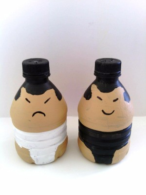 Sumo Wrestler Salt and Pepper Shakers