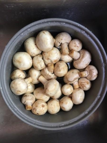 washed Mushrooms