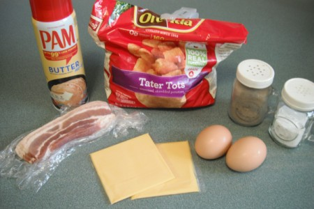Tator Tot Breakfast Sandwich ingredients