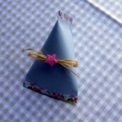Easy Elegant Paper Party Favours - add decorations suitable for the occasion