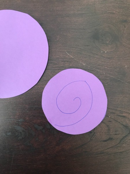3D Flower Mother's Day Card - draw spirals on your paper circles
