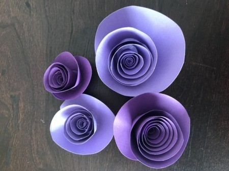 3D Flower Mother's Day Card - flowers of several sizes arranged prior to gluing