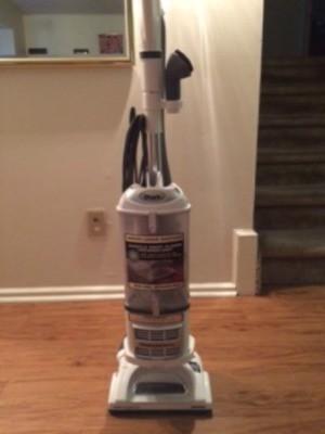 Product Review: Shark Navigator Lift-Away
