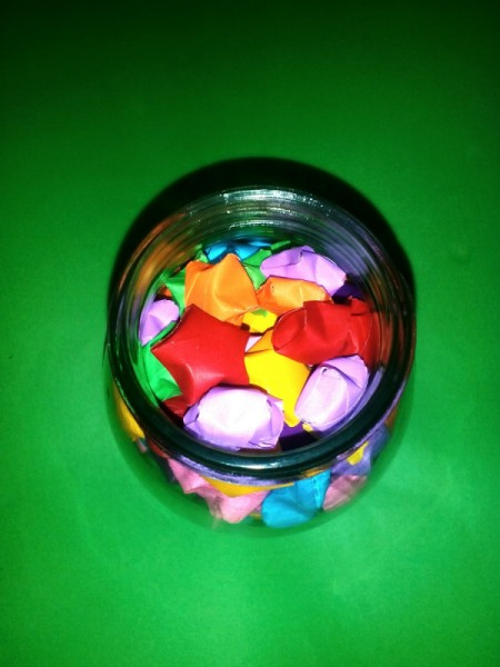 Folded Paper Stars in a Jar - fill jar with 3D stars