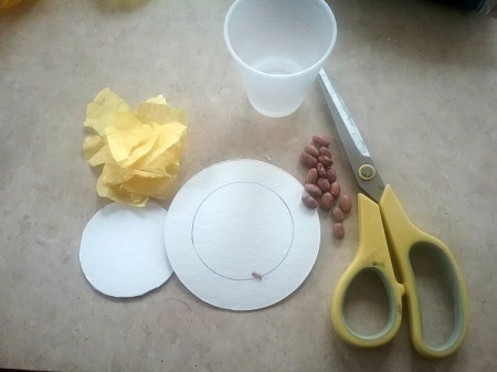Handmade Maracas for Children - cut the circle out
